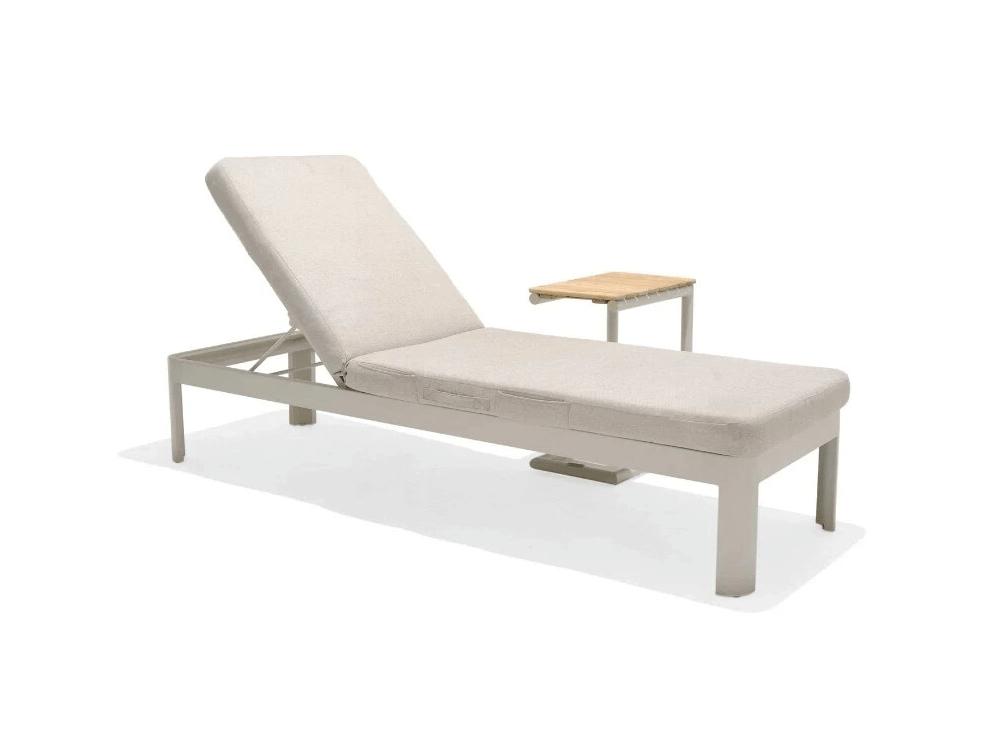 chaise lounge set