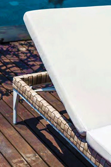skyline deck chair brafta